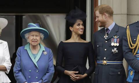 Οι κανόνες που η βασίλισσα «έσπασε» για χάρη της Meghan Markle (vid)