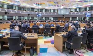 Еврогруппа одобрила выдачу Греции 1 млрд евро