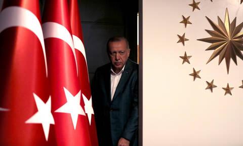 Το... βιολί του ο Ερντογάν: Τον Ιούλιο οι πρώτες παραδόσεις S-400 στην Τουρκία