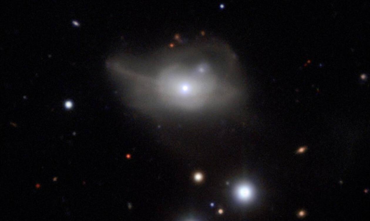Kοσμοϊστορικές αποκαλύψεις από τους επιστήμονες: Πώς είναι η Μαύρη Τρύπα του γαλαξία μας; (pics)