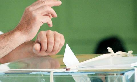 Εκλογές 2019: Υποψήφια η σύντροφος του Νίκου Παππά (pics)