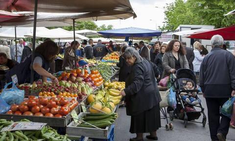 Στα χέρια της ΕΛ.ΑΣ. η «μαφία των λαϊκών αγορών»: Εκβιασμοί, απειλές και λεία 3 εκατ. ευρώ