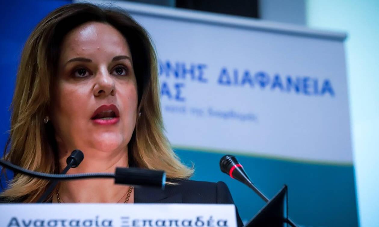 Νέες αποκαλύψεις για την παρέα Πετσίτη: Η Γραμματέας Διαφθοράς, δικηγόρος σε δουλειές του Αρτεμίου