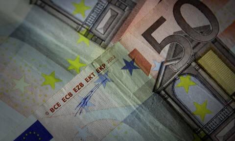 Νέο μηνιαίο επίδομα 100 ευρώ - Δες ΕΔΩ αν το δικαιούσαι