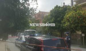 Τραγωδία στο Χαλάνδρι: Λύγισαν και οι αστυνομικοί – Βγήκαν με κλάματα από το σπίτι