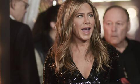 Τι εννοείς είναι 50 ετών; Η Jennifer Aniston στην τελευταία της εμφάνιση δείχνει το πολύ 30 ετών