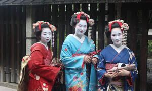 Παρθένοι ετών 40 στην Ιαπωνία - Γιατί οι Γιαπωνέζοι αποφεύγουν να κάνουν σεξ