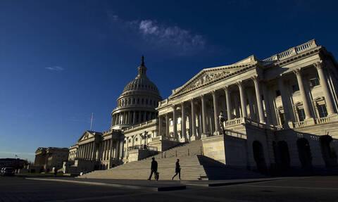"""Bloomberg: американские сенаторы """"устали"""" от антироссийских санкций"""