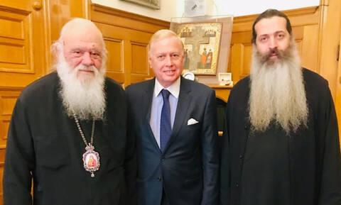 Ο Νικόλαος Μακρόπουλος - υποψήφιος  με τον συνδυασμό «ΑΘΗΝΑ ΨΗΛΑ» στην Αρχιεπισκοπή Αθηνών