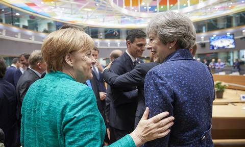 Συνάντηση Μέρκελ - Μέι την Τρίτη (09/4) στο Βερολίνο