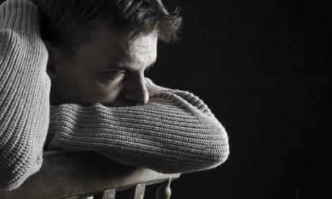 Τα σημάδια που μαρτυρούν πως ένας άντρας περνά κρίση της μέσης ηλικίας