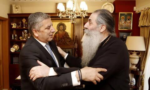 Περιφερειακές εκλογές 2019: Mε τον Μητροπολίτη Πειραιώς Σεραφείμ συναντήθηκε ο Γιώργος Πατούλης