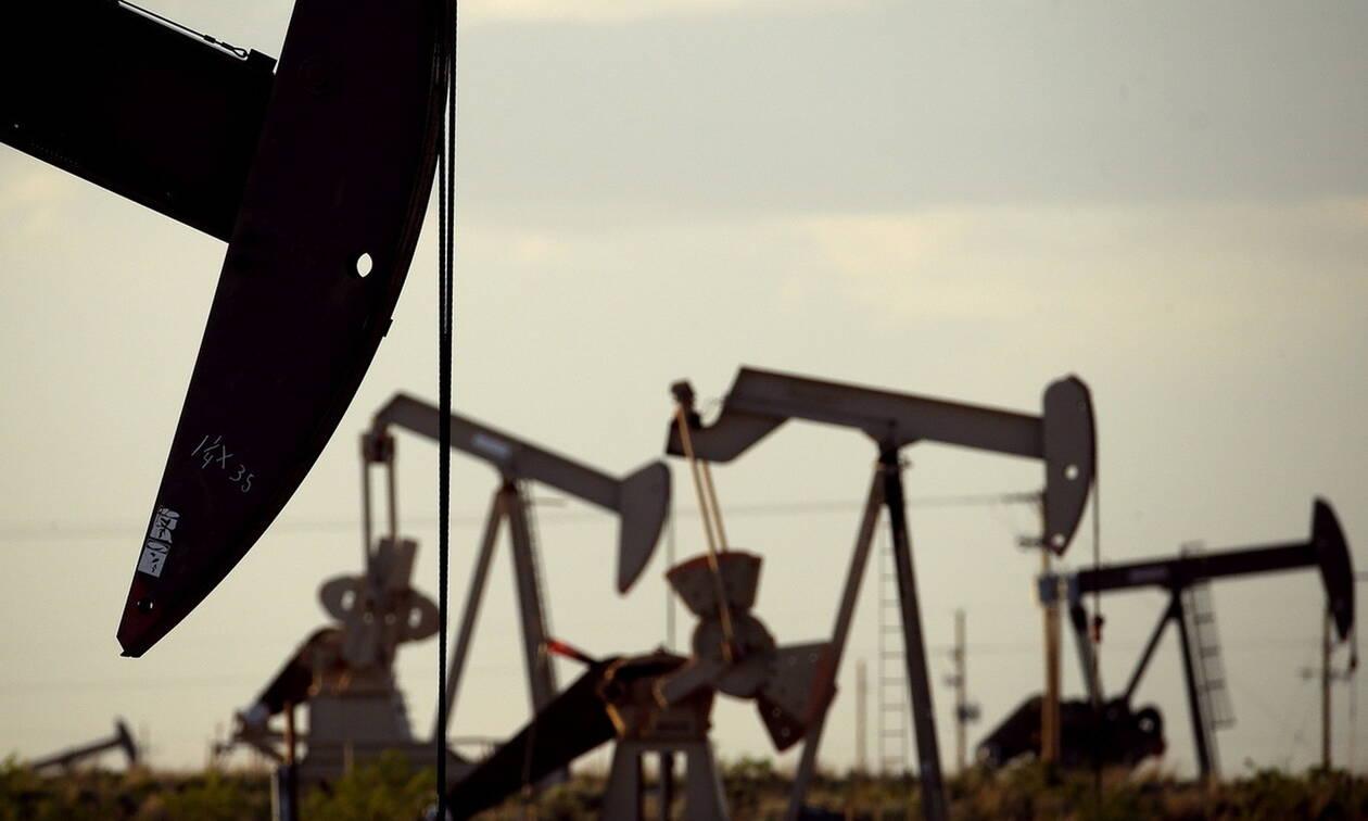 Επενδυτική ανησυχία και πτώση στη Wall Street - «Φρένο» στην τιμή του πετρελαίου
