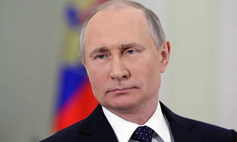 """Путин в шутку назвал допустившего неточность переводчика """"бандитом"""""""