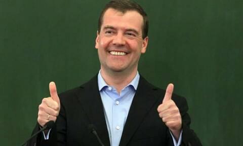 Медведев признался, что в выпускном классе получил двойку в четверти