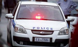 Συναγερμός στην ΕΛ.ΑΣ: Άγνωστοι επιτέθηκαν σε περιπολικό στα Εξάρχεια