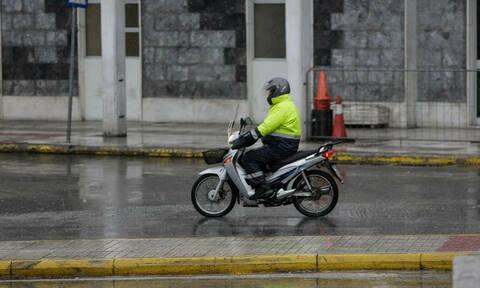Αύριο μην παραγγείλεις! Απεργούν οι ντελιβεράδες σε Αθήνα και Θεσσαλονίκη