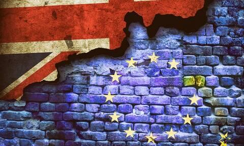 Brexit: «Μην σπαταλήσετε χρόνο» - Εξάμηνη παράταση και προειδοποιήσεις από την Ε.Ε.