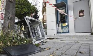 Αττική: Ισχυρή έκρηξη σε ΑΤΜ στην Ανθούσα - Ύποπτη φωτιά σε όχημα στο Πικέρμι