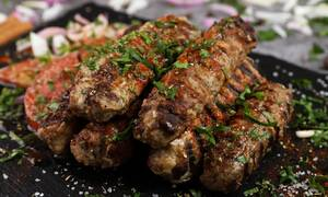 Η συνταγή της ημέρας: Αρνίσια κεμπάπ