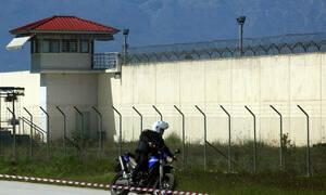 В греческой тюрьме убит заключенный