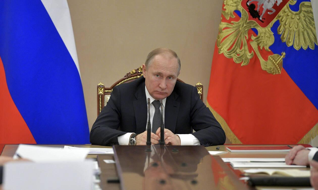 Αυτό είναι το ετήσιο εισόδημα του Πούτιν