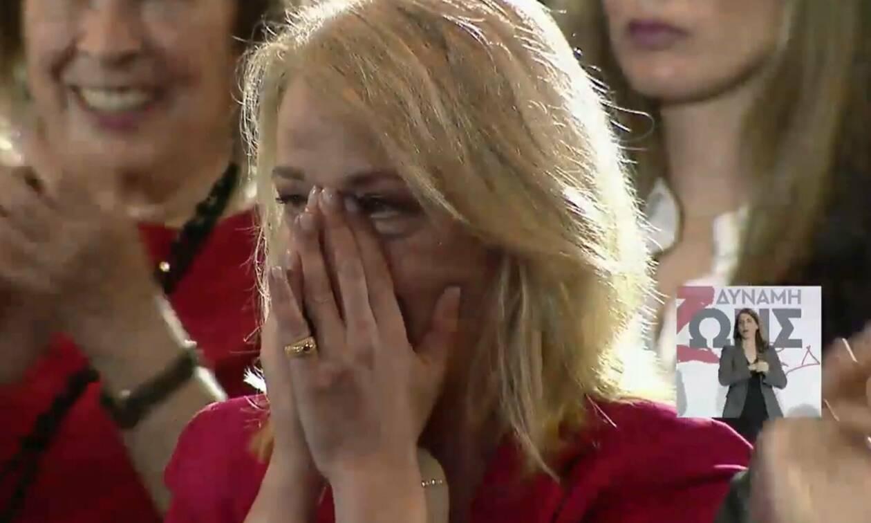Περιφερειακές εκλογές 2019: Δάκρυσε η Δούρου κατά την ομιλία του Τσίπρα (vid)