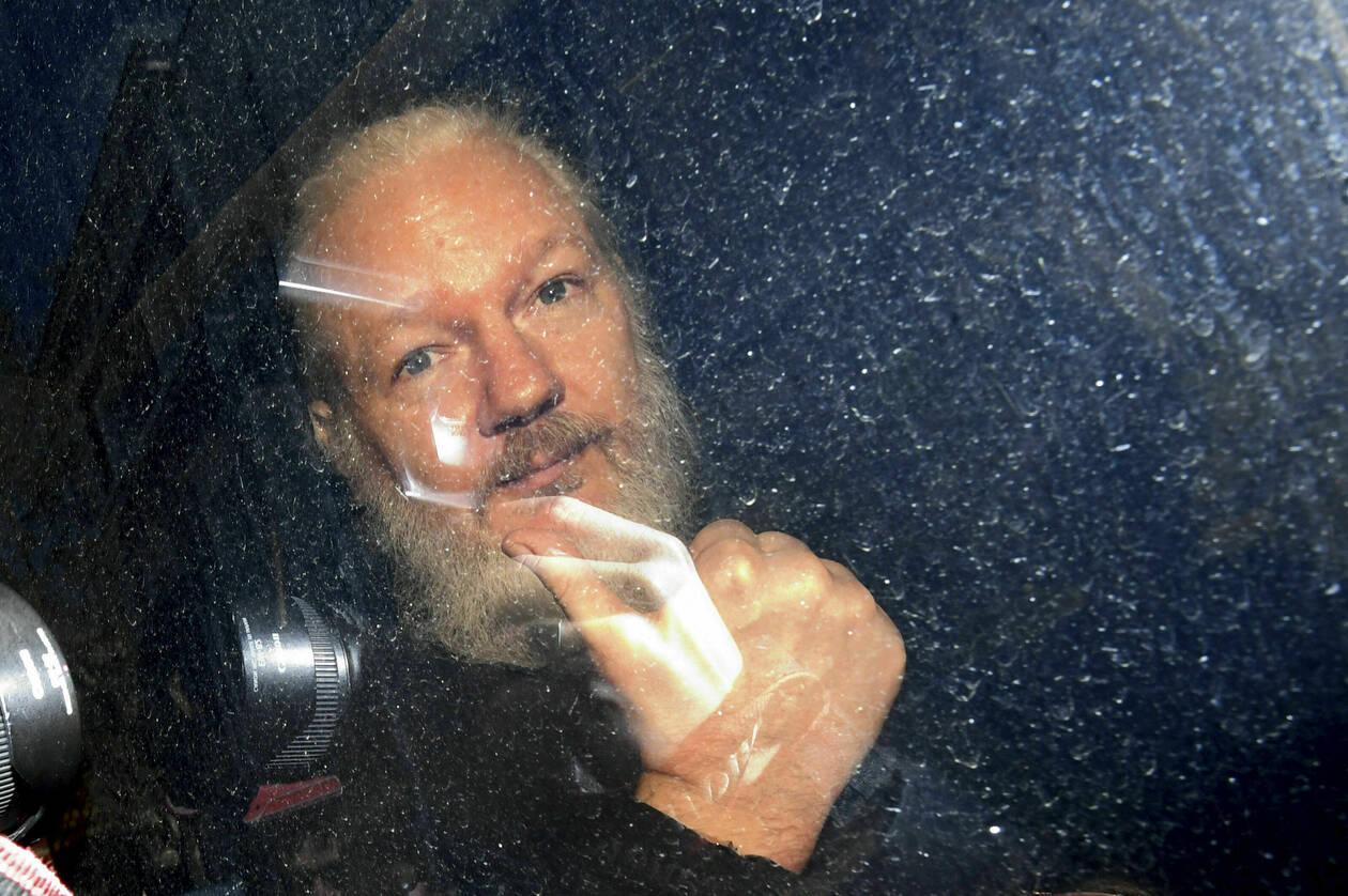 assange-wilileaks-7.jpg