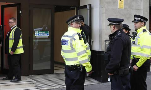 Συναγερμός στο Λονδίνο: Πυροβολισμοί κοντά στην ελληνική πρεσβεία (pics)