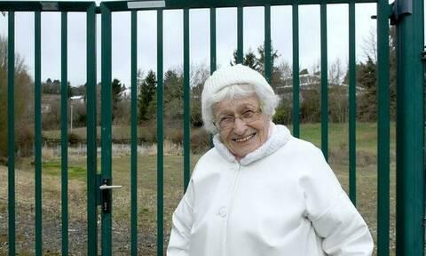 Είναι 100 ετών και βάζει για δημοτική σύμβουλος – Δείτε πού