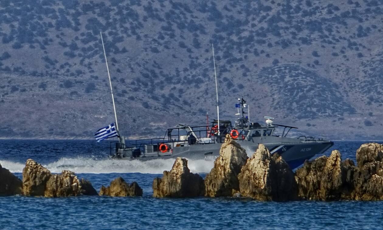 Coast Guard rescues 42 migrants