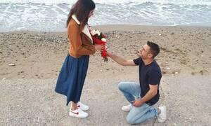 Παραμυθένια πρόταση γάμου στην παραλία με Jet Ski