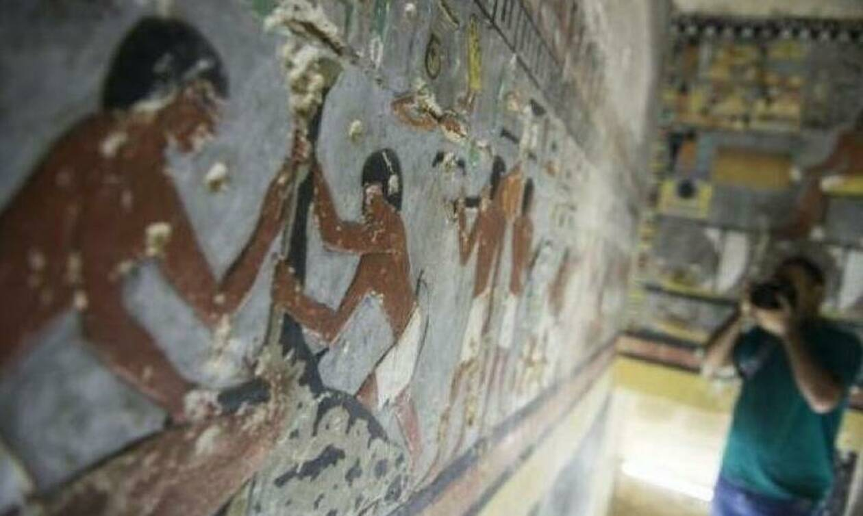 Ανακαλύφθηκε ταφικός θάλαμος 4.000 ετών στο Κάιρο
