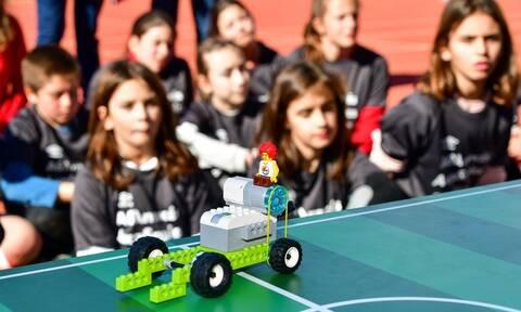Αθλητικές Ακαδημίες ΟΠΑΠ: Τα παιδιά «σκοράρουν» στη ρομποτική