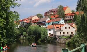 Οι 4 πιο ρομαντικοί προορισμοί για αθεράπευτα ερωτευμένους στην κεντρική Ευρώπη (pics)