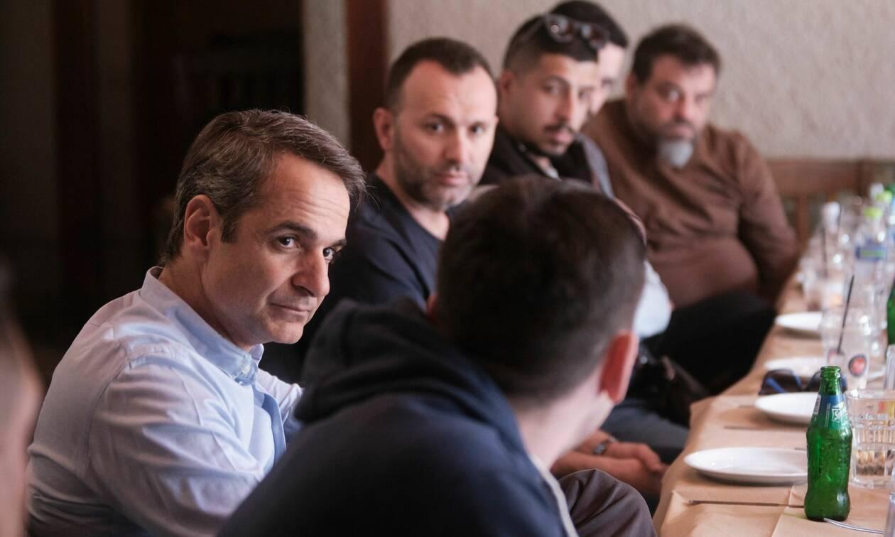 Εκλογές 2019 -Μητσοτάκης: Συνάντηση με διανομείς φαγητού