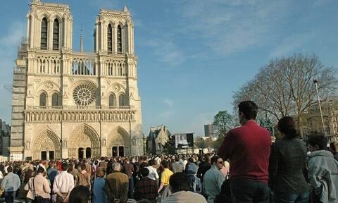 Παναγία των Παρισίων: Εννέα αιώνες ιστορίας καταστράφηκαν σε λίγα λεπτά