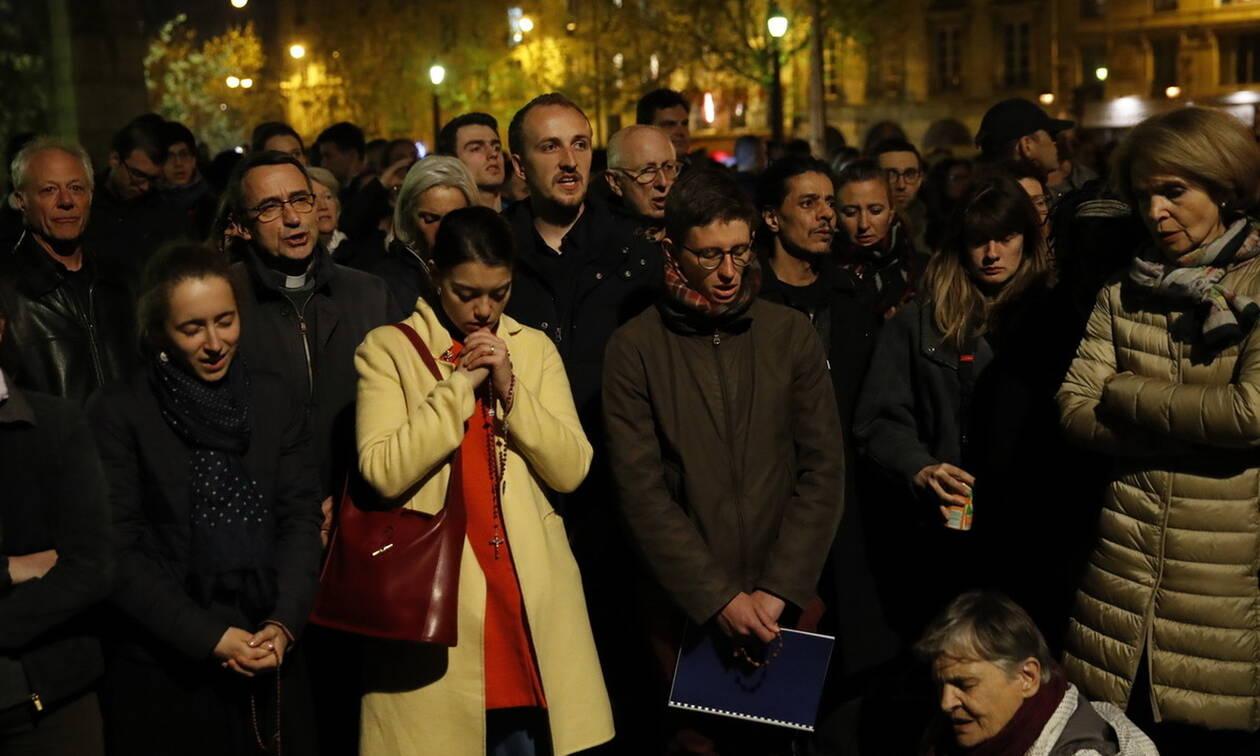 02bb7e96adda Παναγία των Παρισίων  Θρήνος και δάκρυα για την απίστευτη καταστροφή  (pics+vids)