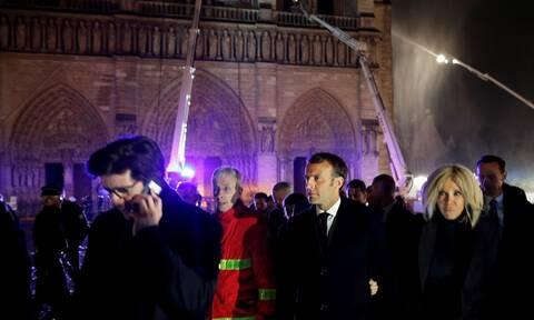 Παναγία των Παρισίων: Αντιδράσεις θλίψης και αλληλεγγύης σε όλο τον κόσμο