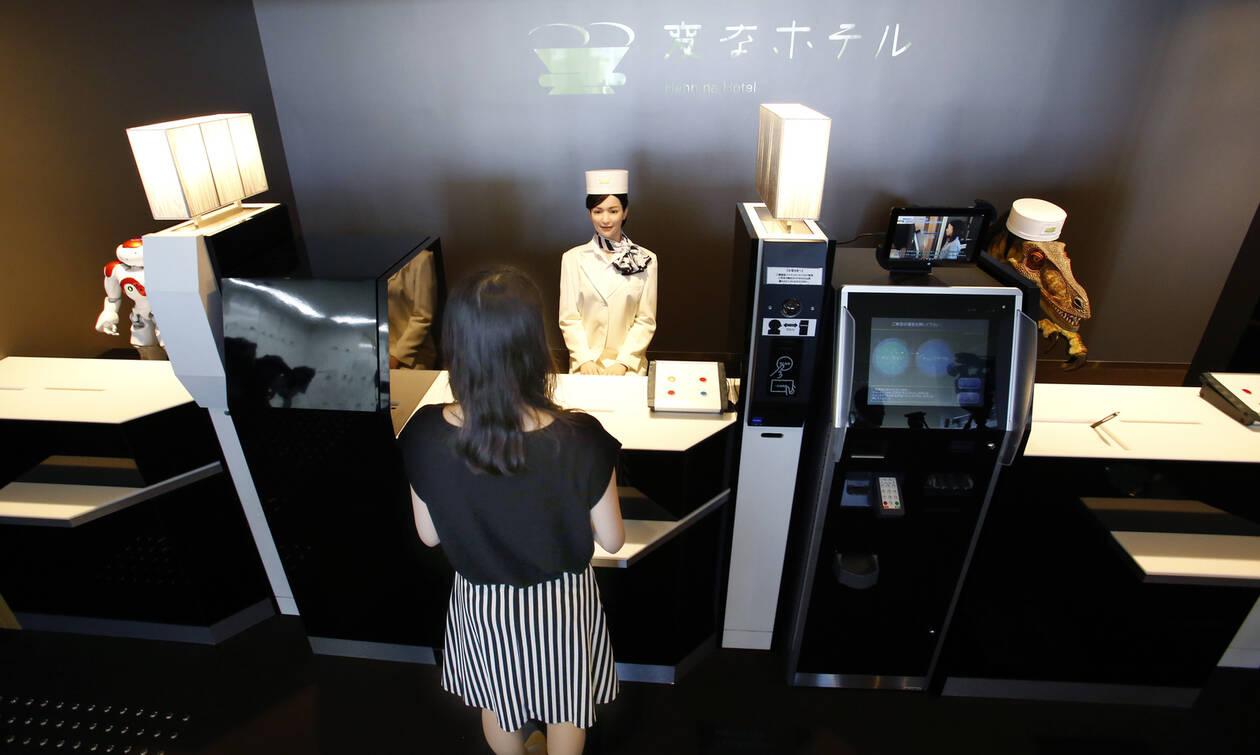 Το πρώτο ρομποτικό ξενοδοχείο στον κόσμο απέτυχε και προσλαμβάνει ανθρώπους! (pics+vid)