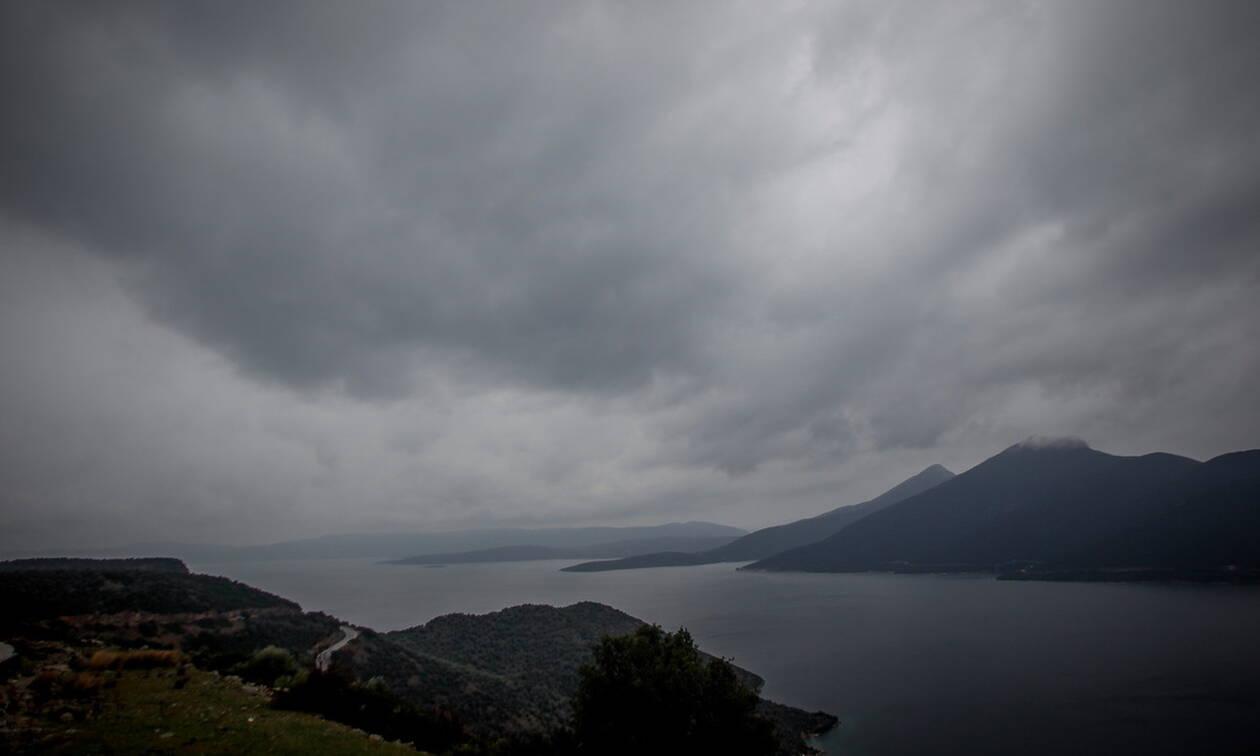 Καιρός τώρα: Με ηλιοφάνεια ξεκινάει η Τετάρτη -  Επιδείνωση με καταιγίδες μέσα στην ημέρα (pics)