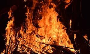 ΣΟΚ: Έβαλε φωτιά στο διαμέρισμά του και σκότωσε όσους προσπάθησαν να γλιτώσουν - Πέντε νεκροί