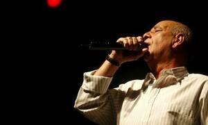 Сегодня в Греции вспоминают певца Димитриса Митропаноса