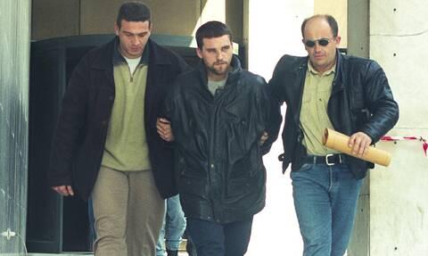 Κώστας Πάσσαρης: Άρχισε η δίκη του διαβόητου κακοποιού