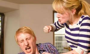 Πήγε να τον σκοτώσει γιατί δεν ξαναβγήκε μαζί της! (pics)