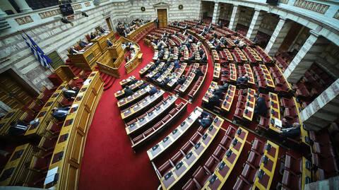 Αλλαγές στην Παιδεία: Σφοδρές αντιδράσεις και «όχι» της αντιπολίτευσης στο νομοσχέδιο Γαβρόγλου