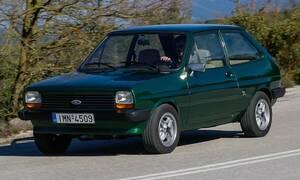 Η αγάπη ενός οδηγού για ένα πράσινο Ford Fiesta