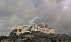 Κίνδυνος - θάνατος: Πόσο εκτεθειμένη είναι η Ακρόπολη στους κεραυνούς