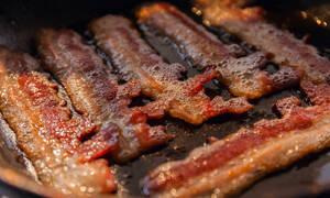 Κίνδυνος καρκίνου: Μια φέτα μπέικον αρκεί! (pics)