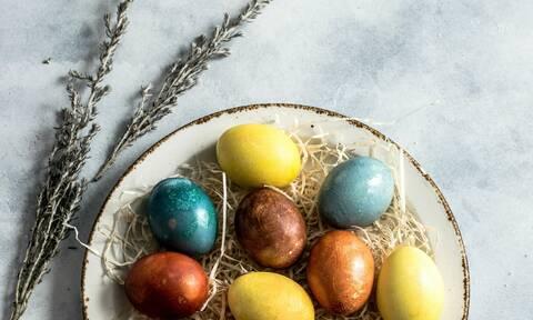 Διακόσμησε τα πασχαλινά σου αυγά με την τεχνική του μεταξωτού υφάσματος